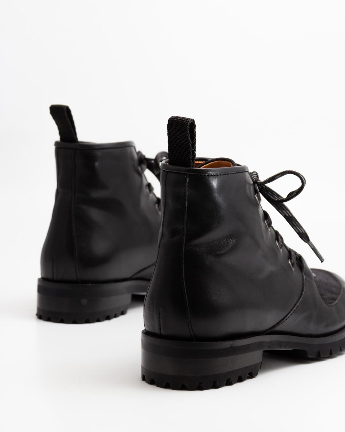 Enso Black